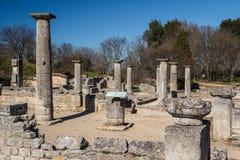 Ruinen der alten römischen und griechischen Stadt Glanum lizenzfreie stockbilder