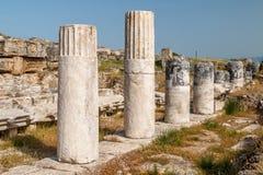 Ruinen der alten Stadt Hierapolis, jetzt Pamukkale lizenzfreie stockbilder