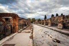 Ruinen der alten Stadt Pompeji lizenzfreies stockfoto