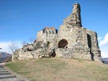 Ruinen der x-Jahrhundert-Kirche Stockfotos