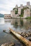 Ruinen der mittelalterlichen Golubac-Festung stockfotografie