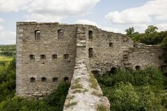 Ruinen der Schlossfestung herein in Sataniv, Ukraine lizenzfreies stockfoto