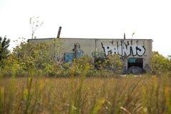 Ruinen der verlassenen Aerojet-Fabrik in den Florida-Sumpfgebieten Stockfoto
