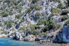 Ruinen der versunkenen Stadt von Simen Treibnetz für Thunfischfischen Die Türkei stockfoto