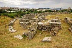 Ruinen des alten Amphitheaters an der Spalte, Kroatien - archaeolog Lizenzfreie Stockbilder