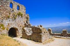 Ruinen des alten Forts in Mystras, Griechenland Lizenzfreies Stockfoto
