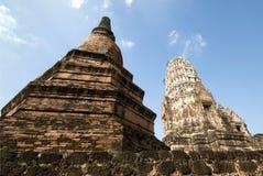 Ruinen des buddhistischen Tempels stockbilder