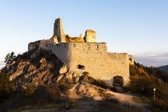 Ruinen des Cachtice Schlosses Stockfotografie