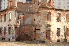 Ruinen des Hausfischenproduzenten Zotov Stockfotografie