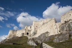 Ruinen des mittelalterlichen Schlosses stockbilder