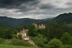 Ruinen des Schlosses Stockfotografie