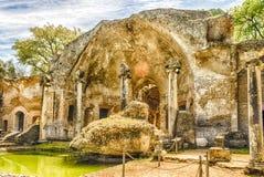 Ruinen des Serapeum-Gebäudes innerhalb des Landhauses Adriana, Tivoli Stockfotos