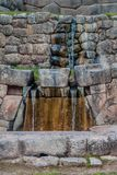 Ruinen des zeremoniellen Steinbades Tambomachay des Inkas stockfotografie
