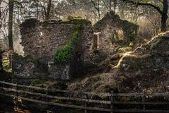 Ruinen eines Hauses in Dartmoor Lizenzfreie Stockbilder