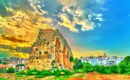Ruinen eines römischen Aquädukts in Constantine, Algerien lizenzfreies stockfoto