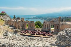 Ruinen griechischen Roman Theaters, Taormina, Sizilien, Italien Stockfotos