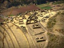 Ruinen im Berg in Peru lizenzfreie stockfotos