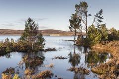 Ruinen Lochindorb u. des Schlosses in Schottland stockfotografie