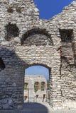 Ruinen mittelalterlichen Schlosses des des 14. Jahrhunderts, Ogrodzieniec-Schloss, Polen Lizenzfreies Stockfoto
