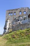 Ruinen mittelalterlichen Schlosses des des 14. Jahrhunderts, Ogrodzieniec-Schloss, Polen Lizenzfreies Stockbild