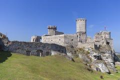 Ruinen mittelalterlichen Schlosses des des 14. Jahrhunderts, Ogrodzieniec-Schloss, Spur Eagless nistet, Podzamcze, Polen Lizenzfreie Stockbilder