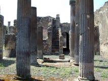 Ruinen in Rom lizenzfreie stockbilder