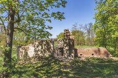 Ruinen Tschechischer Republik ?gyptischer Pavillon Vsestudy stockfotografie