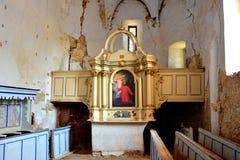 ruinen Verstärkte mittelalterliche sächsische evangelische Kirche im Dorf Felmer, Felmern, Siebenbürgen, Rumänien Stockfoto