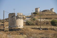 Ruinen von alten Windmühlen, Santorini, Griechenland Lizenzfreies Stockbild
