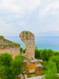 Ruinen von Catullus höhlt, römisches Landhaus in Sirmione, Garda See aus Lizenzfreies Stockbild