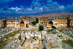 Ruinen von Jupiter-Tempel und von großem Gericht von Heliopolis in Baalbek, Bekaa Valley, der Libanon Lizenzfreie Stockbilder