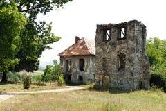 Ruinen von Kornis ziehen sich von Siebenbürgen - Rumänien zurück Stockfoto