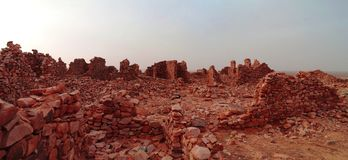 Ruinen von Ouadane-Festung in Sahara, Mauretanien stockbild