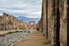 Ruinen von Pompeji, alte Stadt in Italien, zerstört durch den Vesuv Stockfotos