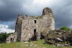 Ruinen von Primda-Schloss Lizenzfreies Stockfoto