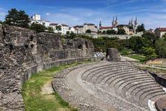 Ruinen von Roman Theatre in Lyon stockbilder
