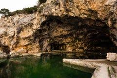 Ruinen von Tiberius-Landhaus in Sperlonga, Lazio, Italien Lizenzfreie Stockfotografie