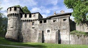 Ruinen von Visconteo-Schloss lizenzfreie stockfotos