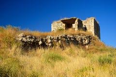 Ruines abandonnées sur les collines Images stock
