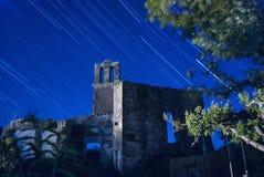 Ruines antiques d'un bâtiment et d'une église du 1200 dans le chia Images stock