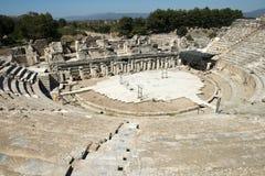 Ruines antiques de ville d'Ephesus, course vers la Turquie Photos stock