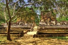 Ruines bonitos do templo antigo exótico do hinduist Imagem de Stock