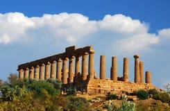Ruines borne limite de Grec à Agrigente, Sicile Photos stock