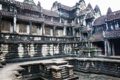 Ruines cambodgiennes de temple Photographie stock