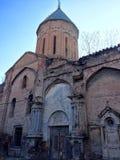 Ruines d'église apostolique arménienne à vieux Tbilisi, la Géorgie Photos stock
