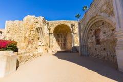 Ruines d'église de mission Photographie stock
