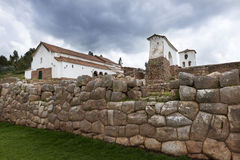Ruines d'Inca dans le village de Chinchero, Pérou Photo libre de droits