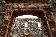 Ruines d'un fort de Famosa sur la côte de St Paul photographie stock libre de droits