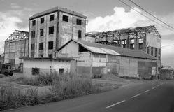Ruines d'une vieille usine après le passage du cyclone Hugo Image libre de droits