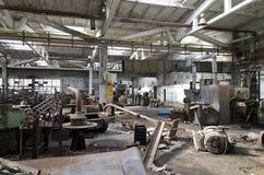 Ruines d'usine ou d'entrepôt abandonnée image libre de droits